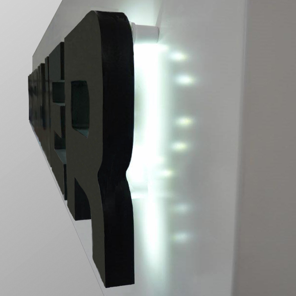 Lettres en relief avec lumière LED indirectes et socle