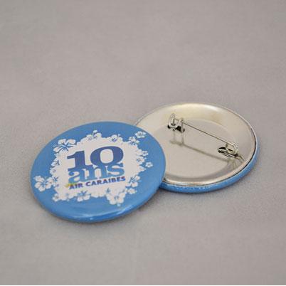 Zoom sur badge bouton imprimé