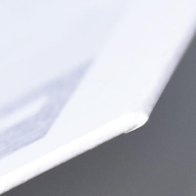 Zoom sur calendrier imprimé rembordé